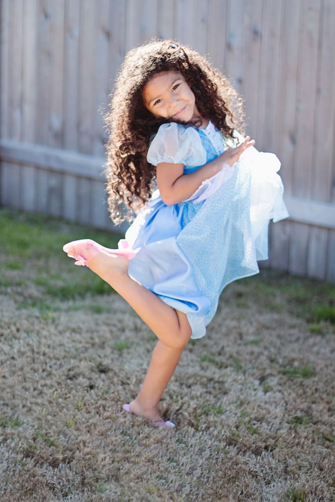 My Little Princess: A cute and creative mother-daughter photo series featuring a biracial girl dressed up as Disney Princesses.