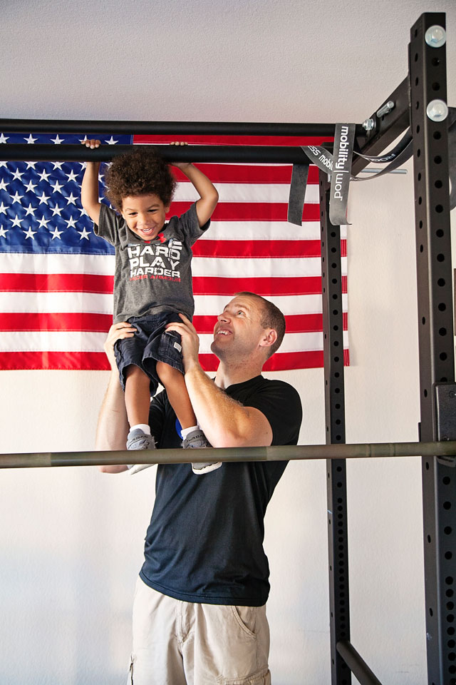 father-son-pullups