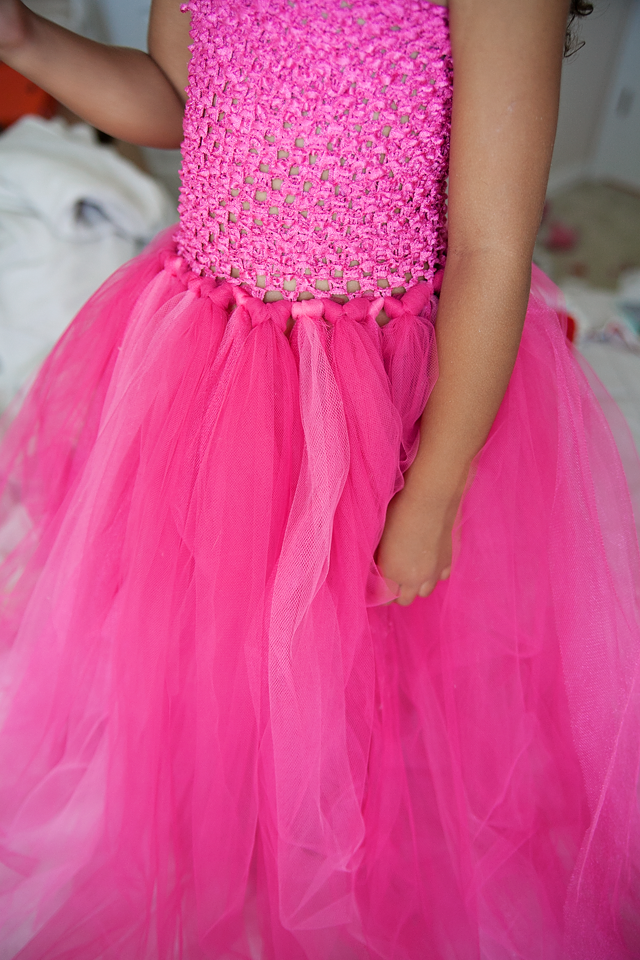 An easy no-sew Disney Sleeping Beauty Aurora tutu dress tutorial.