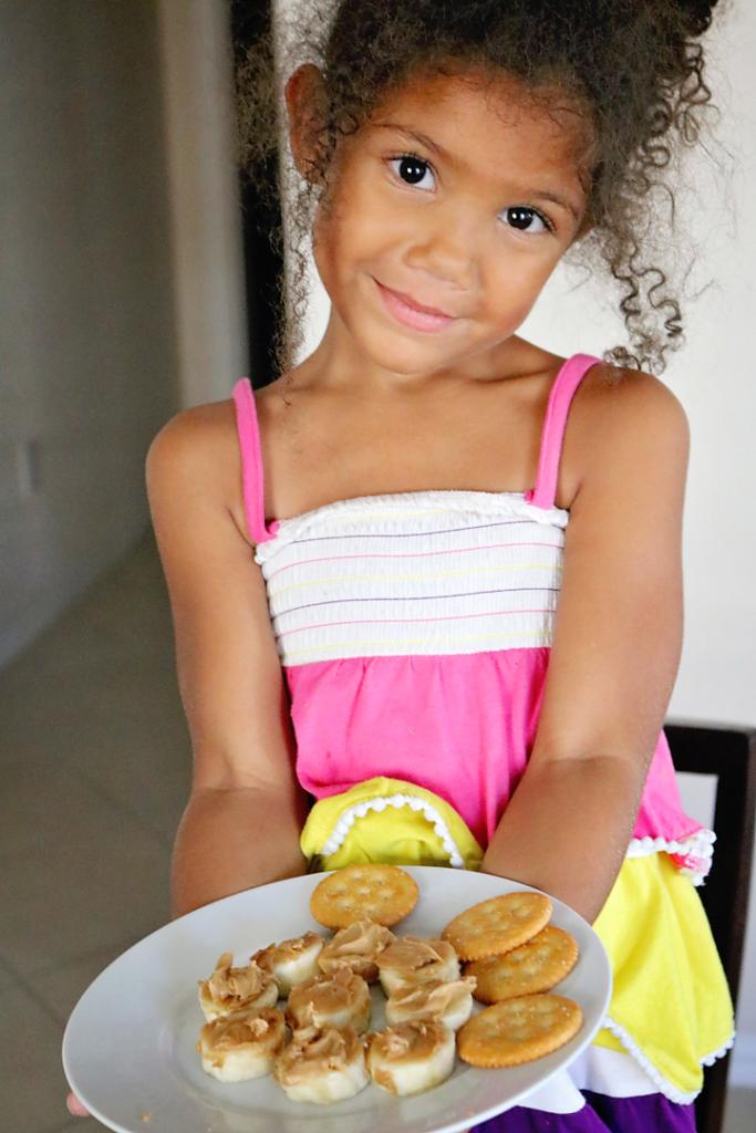 Delicious peanut butter banana bites easy recipe for kids.