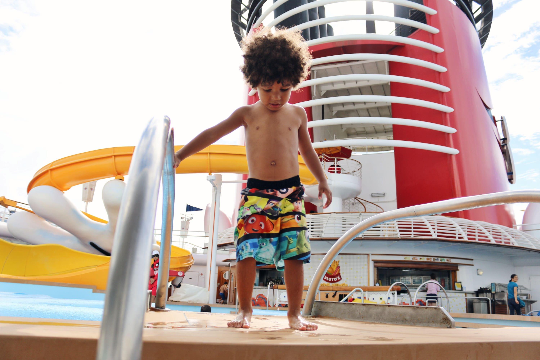 disney cruise pool