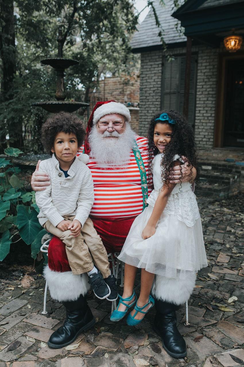 santa-photo-shoot-siblings-7