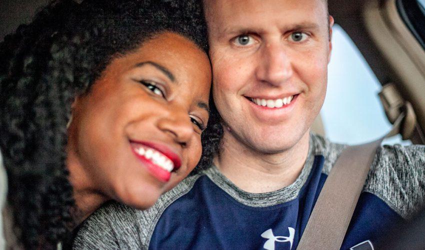 interracial couple discussing the bachelorette rachel lindsay season.