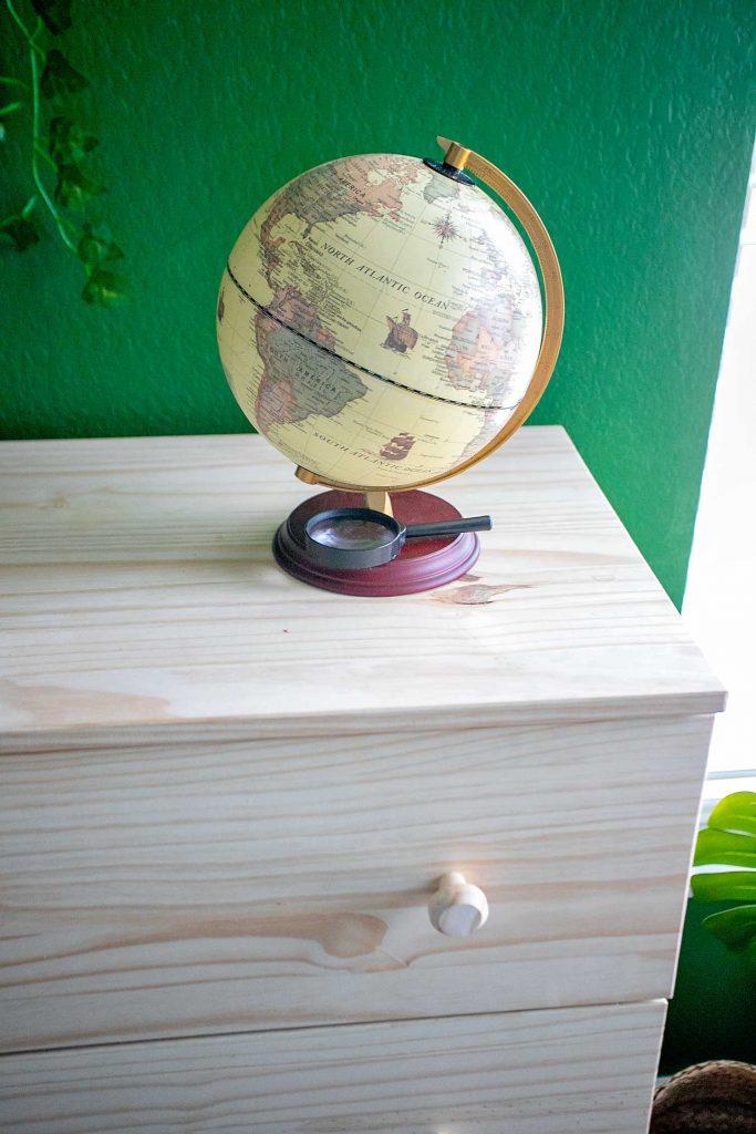 Safari room globe decor
